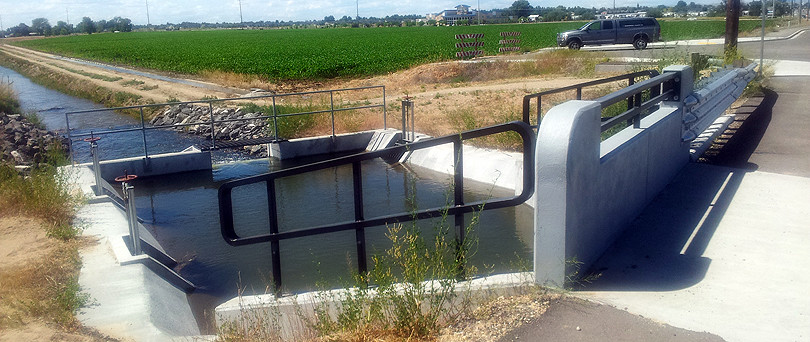 Kennedy Lateral Culvert and Weir